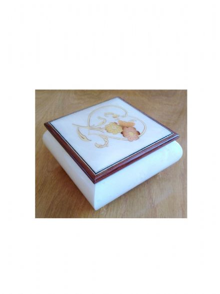 Musical Ring & Trinket Box B/10/HCS White Heart